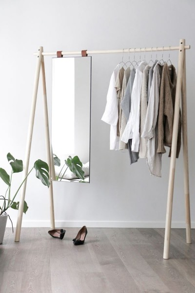 Hongi Standgarderobe mit Spiegel Natur 150 cm breit