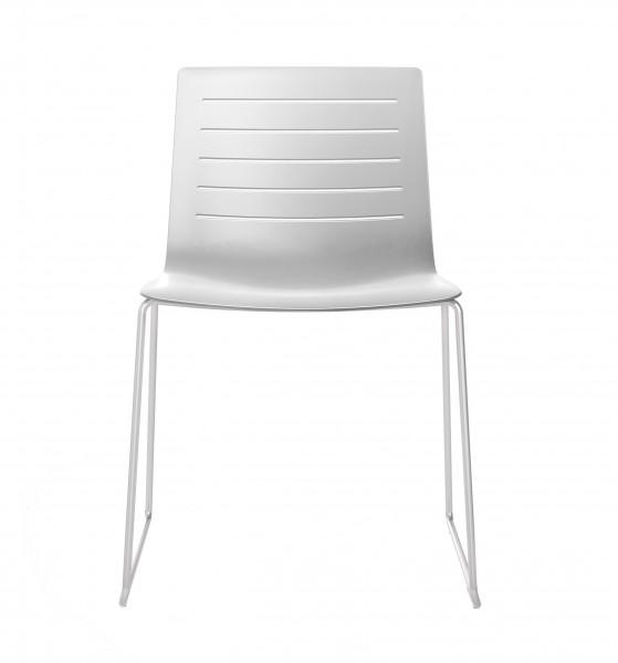 Resol Stuhl Skin weiß mit Kufengestell